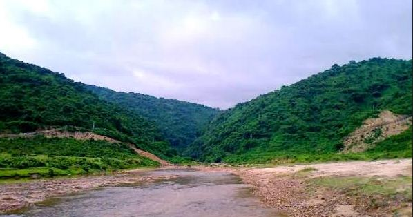 সুনামগঞ্জের বালিয়াঘাট সীমান্তে রাজস্ব ফাঁকি দিয়ে ৩০মে.টন কয়লা পাচাঁর