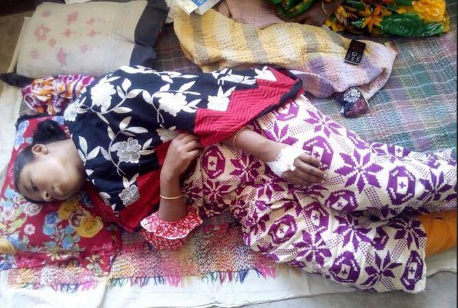 রাণীশংকৈলে স্বামীর অমানবিক নির্যাতনে গৃহবধু হাসপাতালে